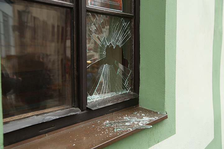 A2B Glass are able to board up broken windows while they are being repaired in Westminster.